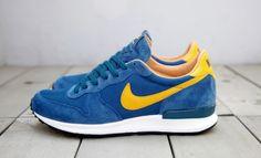 Nike Air Solstice QS Court Blue/Del Sol-Sail