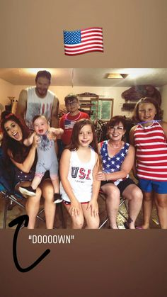 Lol here's that awkward family photo! Teen And Dad, Holy Jeans, Chelsea Deboer, Chelsea Houska, Awkward Family Photos, Hair Icon, Celebs, Celebrities, Celebrity Weddings