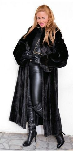 sexy women in fur ang leather gloves - Yahoo Image Search Results