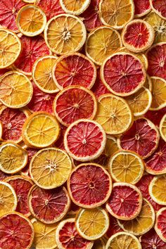 Dried orange and grapefruit slices background Organic Blueberries, Wild Blueberries, Dried Oranges, Dried Fruit, Fruit Leather Recipe, Fruit Garnish, Fruit Packaging, Fruit Picture, Fruit Decorations