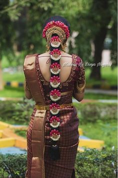 ideas for round fat face hairstyle ideas 2019 ideas for receding hairline ideas shoulder length ideas for school hairstyle ideas ideas art ideas with weave South Indian Wedding Hairstyles, South Indian Wedding Saree, Bridal Hairstyle Indian Wedding, Bridal Hairdo, Indian Bridal Fashion, Indian Fashion Dresses, Indian Hairstyles, Bridal Hairstyle For Reception, Bridal Braids