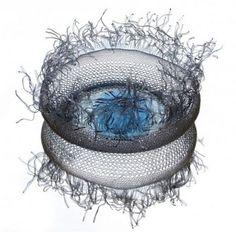 Artful Jellyfish-like Bowls From Upcycled Plastic PET Bottles (Photos)