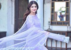 Aadab from Aaliya 💜 Indian Wedding Gowns, Pakistani Wedding Outfits, Pakistani Girl, Pakistani Actress, Pakistani Dresses, Indian Celebrities, Hollywood Celebrities, Muslim Beauty, Pakistan Fashion