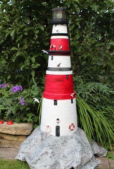 flower pot lighthouse 2014