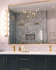 Bathroom Inspirations: Top 5 Luxury Goods From Maison Valentina - Covet Edition Gold Interior, Bathroom Interior Design, Interior Design Living Room, Bad Inspiration, Bathroom Inspiration, Interior Design Inspiration, Ideal Bathrooms, Small Bathroom, House Rooms