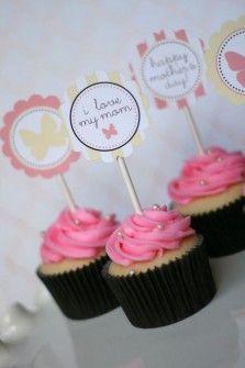 I love Mom cupcake Mother's Day Printables, Printable Designs, Mothers Day Crafts, Happy Mothers Day, Cupcake Toppers, Cupcake Cakes, Cupcake Ideas, Diy Cupcake, Vintage Cupcake
