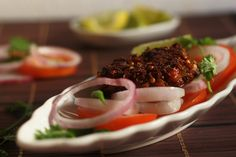 Chapli Kabab Recipe, Peshawari Style, Pakistani A delicious kabab recipe made with mutton mince with aromatic spices. Veg Recipes, Indian Food Recipes, Chicken Recipes, Cooking Recipes, Shami Kabab, Pakistani Dishes, B Recipe, Desi Food, Indian Snacks