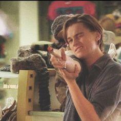 Leonardo Dicaprio Smoking, Leonardo Dicaprio Oscar, Leonardo Dicapro, Titanic, Jack Dawson, Boys Life, Raining Men, Fine Men, Reaction Pictures