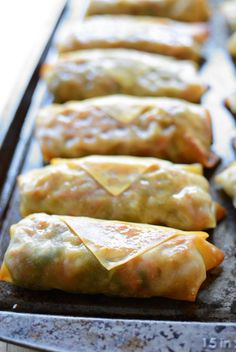 Baked Pork and Napa Cabbage Egg Rolls - Learn the RIGHT traditional foods to start the new year off with (and which ones to avoid). Hint: this egg roll recipe packs a punch of good luck! Egg Rolls Baked, Shrimp Egg Rolls, Pork Egg Rolls, Baked Eggs, Napa Cabbage Recipes, Pork And Cabbage, Cabbage Rolls, Baked Cabbage, Samosas
