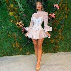 Posh Dresses, Girls Formal Dresses, Event Dresses, Types Of Dresses, Short Dresses, Kpop Fashion Outfits, Cute Fashion, Look Fashion, Fashion Dresses