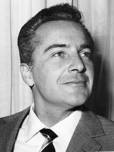 Rossano Brazzi (18 September 1916 – 24 December 1994) was an Italian actor. Description from heyohey.com. I searched for this on bing.com/images