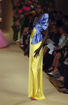 Typical Yves Saint Laurent colour-combination at Couture Fall 2001.