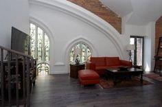 church conversion loft. so cool.
