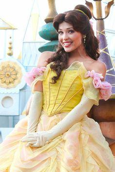Belle in Mickey's Soundsational Parade Disneyland Princess, Disneyland World, Walt Disney World, Disneyland Paris, Disneyland Face Characters, Disney World Characters, Disney Cast, Disney Magic, Disney Cosplay