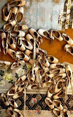 Shoe art.