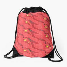 100 % polyester tissé. Cordons larges et souples, agréables pour vos épaules. Œillets métalliques de qualité et durables. Impression longue durée sur le devant et le dos. Tote Bag, Impression, Drawstring Backpack, Backpacks, Boutique, Bags, Fashion, Drawstring Bags, Apron