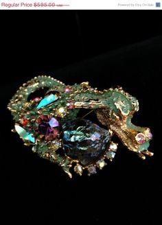 Har Green Dragon Brooch by Vintageimagine on Etsy, $505.75 #TeamLove #vintage #jewelry #Fashion #etsyretwt