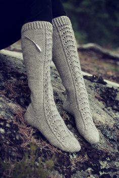 Novita wool socks, Womans lace knee socks made with Novita 7 Brothers yarn - Super knitting Wool Socks, Knitting Socks, Crochet Shoes, Knit Crochet, Lace Patterns, Knitting Patterns, Knee Socks, Leg Warmers, Footwear