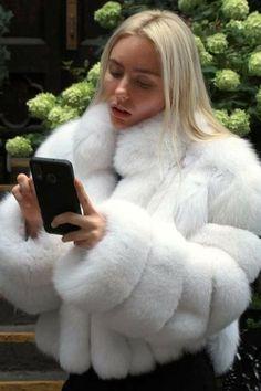 White Faux Fur Coat, Pink Fur Coat, Fur Trim Coat, Fuzzy Coat, Fox Fur Coat, White Fur Jacket, Chinchilla Fur Coat, Winter Fur Coats, Fur Clothing