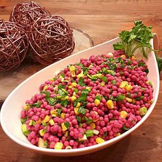 PEMBE KUSKUS SALATASI tarifi , lezzetli değişik kolay denenmiş meze , yemek , tatlı , salata tarifleri - yapımı