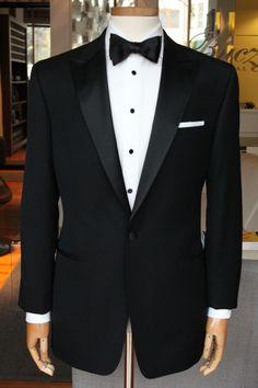 Groom and groomens suit Wedding Dresses Men Indian, Wedding Dress Men, Wedding Suits, Wedding Tuxedos, Groom Suit Trends, Groom Attire, Groom Suits, Slim Fit Tuxedo, Tuxedo For Men