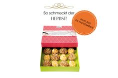 Bei uns schmeckt der Herbst nach Orange, Mandel, Haselnuss und Schokolade! 16 Makronen €18,90 #present #sweets #macarons #macarons #sweetcouture #geschenkidee #geschenk #gifts #sweets
