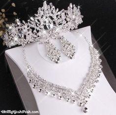 Wedding Party Hair, Wedding Crowns, Wedding Bride, Rhinestone Wedding, Bridal Tiara, Bridal Crown, Wedding Jewelry Sets, Hair Jewelry, Jewellery Box