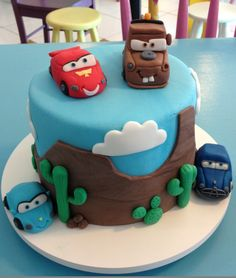 Cars bithday cake #thecakeisonthetable Car Cakes, Cupcake Cakes, Happy Birthday Cake Images, Bithday Cake, Birthday Ideas, Birthday Parties, Cake Boss, Amazing Cakes, Kids Meals