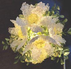 VINTAGE Flower Lucite TV Lamp Sculpture mcm 60s 70s acrylic retro Mid Century Hippie Flowers, Vintage Flowers, Light Up, Floral Wreath, Mid Century, Sculpture, Retro, Tv, Antiques