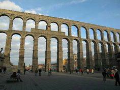 Castilla y León, Segovia: Acueducto.