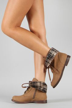 Cana-16 Round Toe Lace Up Ankle Bootie.