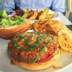 BUGO's Italy sauce - Tomato sauce, mozzarella, basil pesto,  oreganos and parmesan. Photo: Instagram client