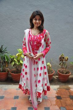Payal Ghosh at Therodum Veedhiyile ML (4)