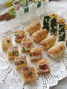 Mystery Party Food Party Canapes Finger Food Appetizers Appetizers For Party Party Snacks Appetizer Recipes Tea Snacks Antipasto Drip Cakes Tea Snacks, Snacks Für Party, Savory Snacks, Finger Food Appetizers, Appetizers For Party, Appetizer Recipes, Mystery Party Food, Pastry Recipes, Cooking Recipes