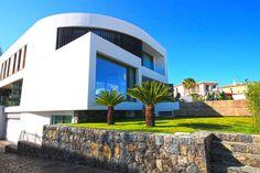 Элитная недвижимость в Испании - вилла Hi-Tech в урбанизации Сьерра Корт...