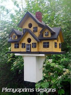 Birdhouse-mansion-4-nest-folk-art-bird-house-Miniature-dollhouse-display