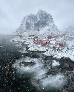 Hamnøy, Nordland, Lofoten, Norway | Photography by © Arild Heitmann…