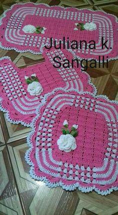 Crochet Pillow Cable Free Knitting Ideas For 2019 Crochet Patterns Free Women, Crochet Amigurumi Free Patterns, Crochet Stitches Patterns, Knitting Patterns Free, Free Knitting, Free Crochet, Beginner Crochet Projects, Crochet Pillow, Crochet Baby Booties