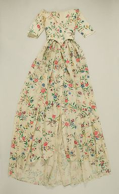 Dress, ca. 1775, American. The Met, 21.94a, b. [Medium unknown, but I suspect it's cotton.]