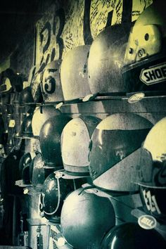 CAFE' RACER CULTURE: Old School Motorcycle Helmet