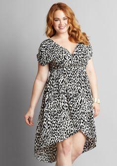 Dressy Dresses, Lovely Dresses, Curvy Women Fashion, Plus Size Fashion, Plus Size Dresses, Plus Size Outfits, Looks Plus Size, Curvy Dress, Feminine Style