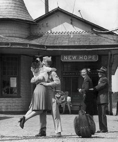 Hope and Homecoming Kiss 1945