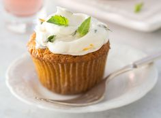 Curried Carrot Cupcakes with Basil Cream Cheese Frosting from Publix Aprons #Contest