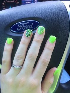 Lime green rebel flag Square Nail Designs, Toe Nail Designs, Acrylic Nail Designs, Camouflage Nails, Camo Nails, Rebel Flag Nails, Lime Green Nails, Country Nails, Cute Acrylic Nails