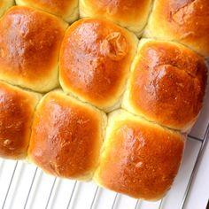 ClimbEatCycleRepeat.com | Soft homemade slider buns