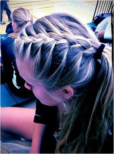Cute athletic hairstyles inspirational 17 best ideas about cute volleyball hairstyles on Braided Hairstyles For School, Twist Braid Hairstyles, Trendy Hairstyles, Cute Sporty Hairstyles, Hairdos, Ponytail Hairstyles, Track Hairstyles, Hairstyle Braid, Dance Hairstyles