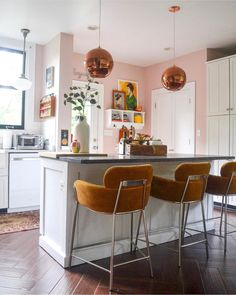 Eclectic Home Tour Home Ec Interior Design - see how this interior designer used thrifted and vintage finds to decorate her home and used paint to transform Eclectic Kitchen, Boho Kitchen, Kitchen Dining, Kitchen Decor, Dining Rooms, Kitchen Ideas, Pink Kitchen Walls, White Kitchen Cabinets, Pink Kitchens