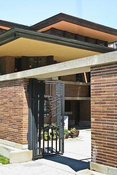Frank Lloyd Wright - Robie #House #brick #walls #paredes #rusticas #bricks #tijolo #rustico #brique #tijolinho