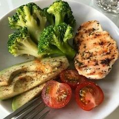 #Comida #comida faciles y rapida saludable #comprar #domicilio #para #RESTAURANTES #tegucigalpa Healthy Meal Prep, Healthy Snacks, Healthy Eating, Healthy Recipes, Good Food, Yummy Food, Tasty, Food Goals, Aesthetic Food