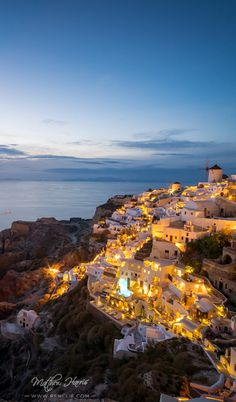 A romantic photo of Santorini was created with my Architecture & Cityscape Lightroom Presets with one-click of a button. Come and check it out!